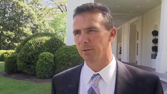640px-Urban_Meyer_at_the_White_House_4-23-09_1