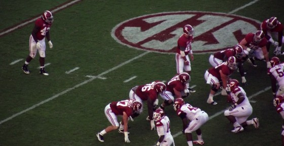Alabama_offense_versus_Arkansas_09-24-11